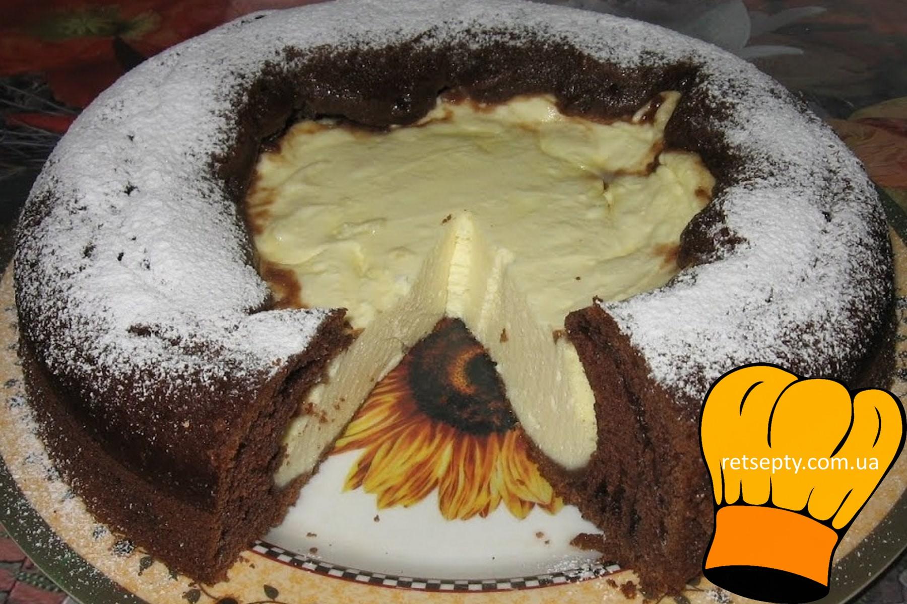 Сирний пиріг з вареним згущеним молоком