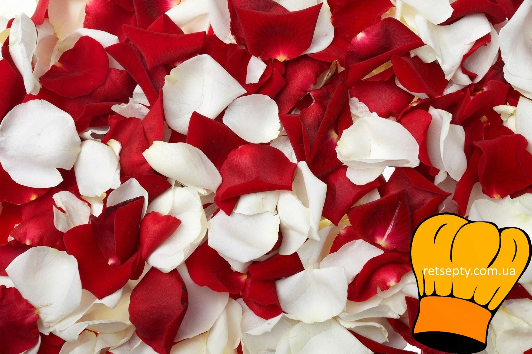 Як приготувати варення з пелюсток троянди